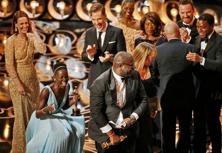 12-Years-a-Slave-has-won-best-picture-award-at-this-year's-Oscars-ceremony